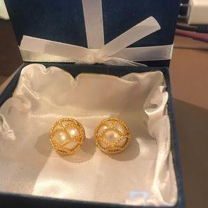 Joan Rivers earrings!